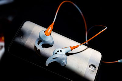 earpods02.jpg